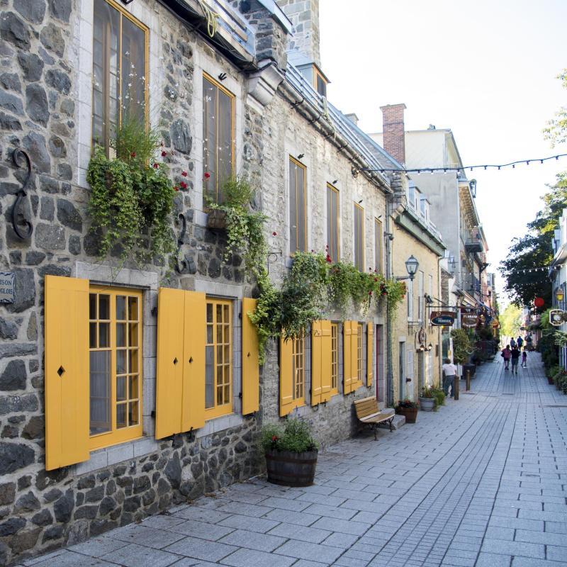 the 30 best hotels in quebec city canada. Black Bedroom Furniture Sets. Home Design Ideas