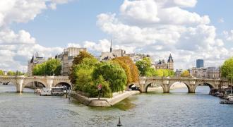 Paris City Center