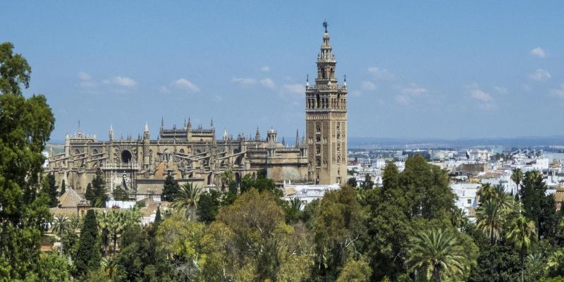 ヒラルダの塔とセビリア大聖堂