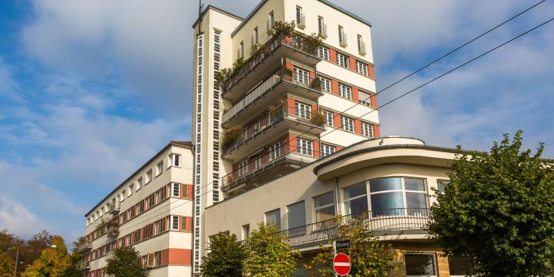 Wystawa mieszkaniowa w Weissenhof