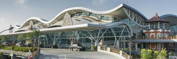 Ngurah Rai International Airport, 투반