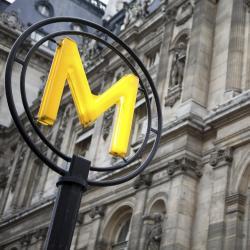هوتيل دي فيل (مترو باريس)