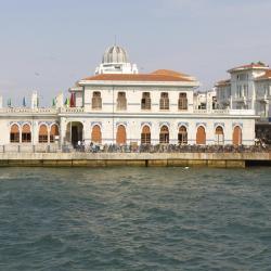 נמל המעבורות של איי הנסיכים