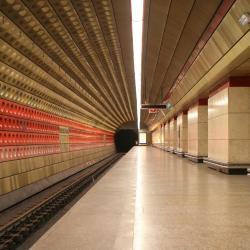 Estação de Metrô Staromestska