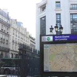 نوتردام دو لوريت (مترو باريس)