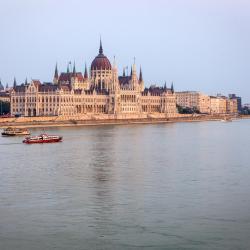مبنى البرلمان المجري