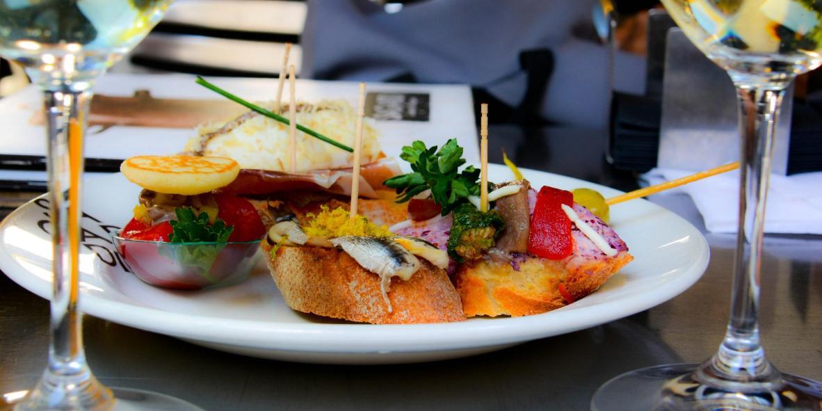 Sol y Sombra Restaurant