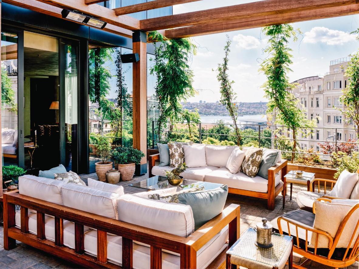 No se pueden hacer fotos en la exclusiva piscina de la azotea del Soho House Istanbul