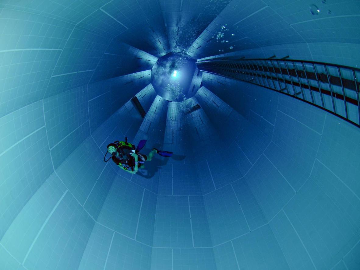A Nemo 33 tem mais 34 metros de profundidade