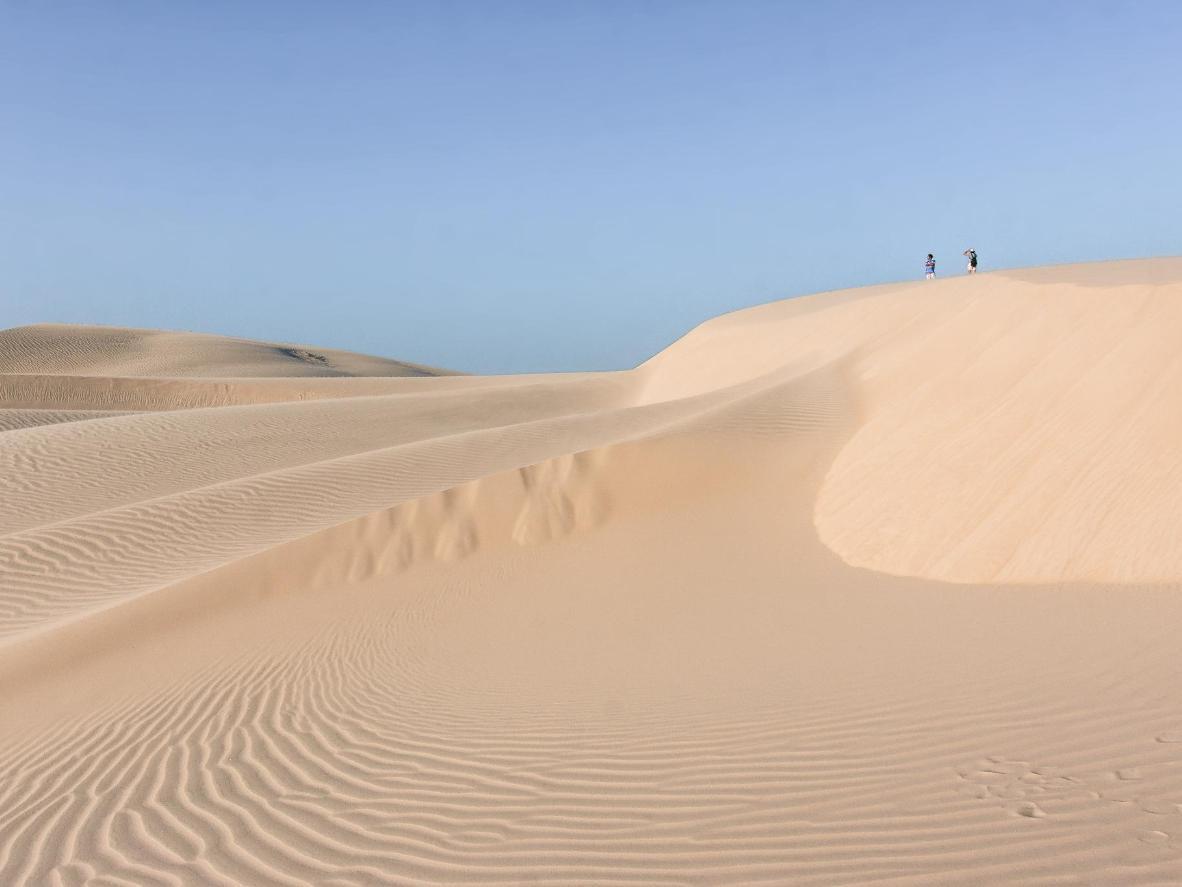 Ao visitar as dunas, a sensação é de estar em um deserto e não em uma praia