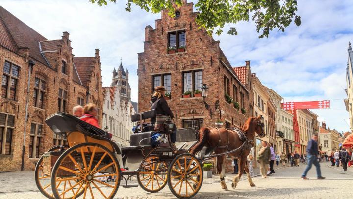 Encontre o melhor de Bruges para romance
