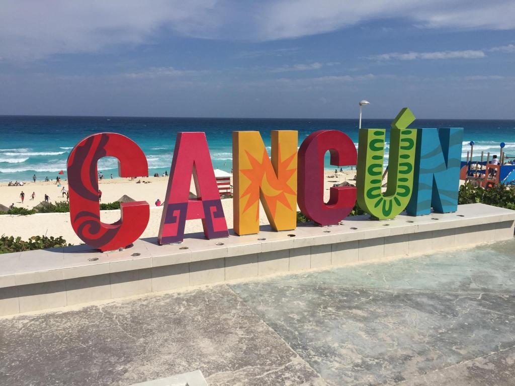 Enbarcadero picture of aquamarina beach hotel cancun tripadvisor - Foto De Canc N Pelo H Spede Boglarka