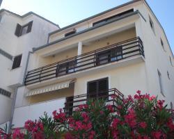 Apartments Porat Pula