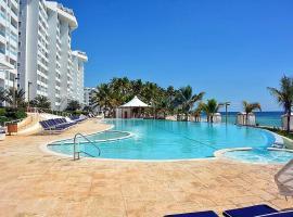 Marbella Luxury Beachfront Condo, خوان دوليو
