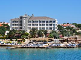 Cesme Ladin Hotel, تشيشمي