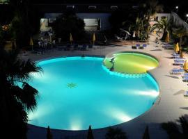 Marina Club Hotel, Baia Domizia