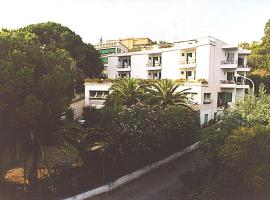 Piccolo Hotel, Celle Ligure