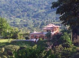 Casa Los Loros, Ojochal