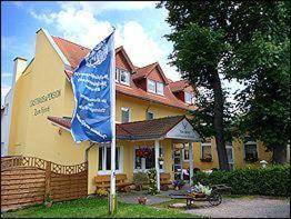 Gasthaus & Pension Zum Hirsch, Gehlberg
