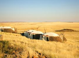 Rostock Ritz Desert Lodge, Cha-re