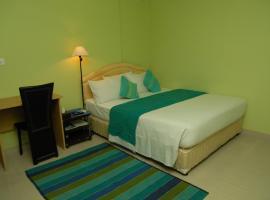 House Clover, Malé