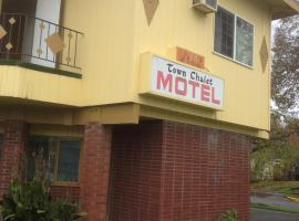 Town Chalet Motel, Longview