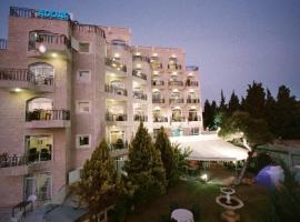 מלון אדר