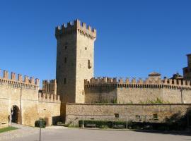 Castello Di Vigoleno, Vigoleno
