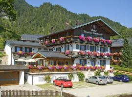 Hotel Edelweiß Garni, Reit im Winkl