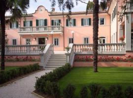 Villa Zuccari, San Luca