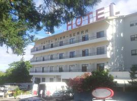 호텔 미라 세라, 셀로리코다바이라