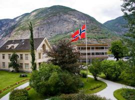 Lindstrøm Hotel, Lærdalsøyri