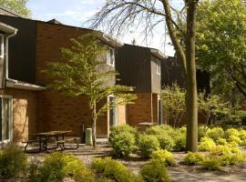 University of Toronto Scarborough Housing, Toronto