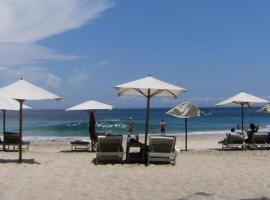 Anom Beach Hotel, Candidasa