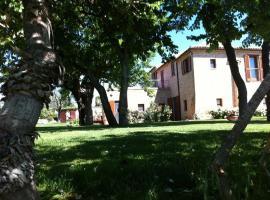 Borgo Latino Azzurro Selvaggio, Montecosaro