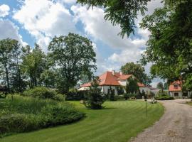 Dwór Giemzów Residence, Giemzów