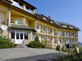 Hubertus Hotel, Lenti