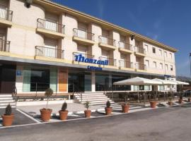 Hotel Manzanil, لوخا