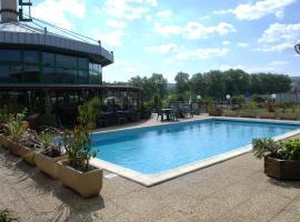 Millau Hotel Club, Millau