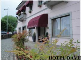 Hotel David, Sesto Calende