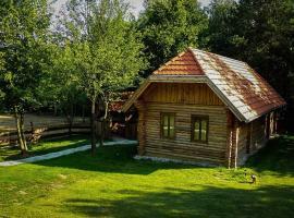 Álombeli Őrségi Házikók, Magyarszombatfa