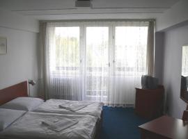 CMC Residence & Conference Inn, Čelákovice