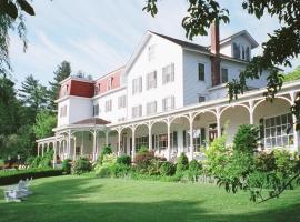 Winter Clove Family Inn, Round Top
