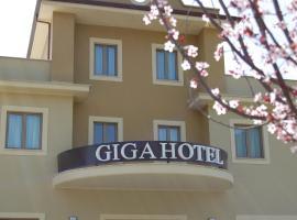 Giga Hotel, Villa Santa Lucia