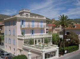 Hotel De La Plage, Pietra Ligure