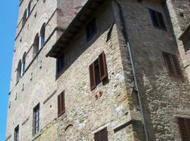 Guest House La Torre Nomipesciolini, 산지미냐노