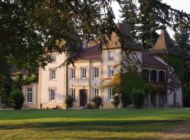 Domaine des Grands Cèdres - Maison d'hôtes, Cordelle