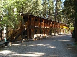 Goldmine Lodge & Black Bear Cottages, Big Bear Lake