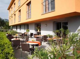 Das smarte Hotel garni, Хехст