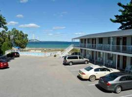Riviera Motel, Mackinaw City